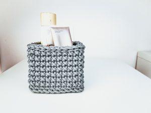a small mini basket