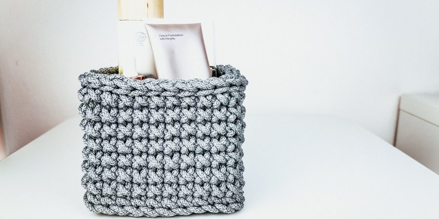 a small mini basket